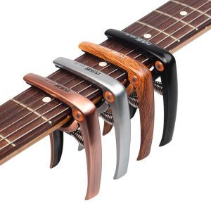 Capodastru Guitto GGC-03 Wood