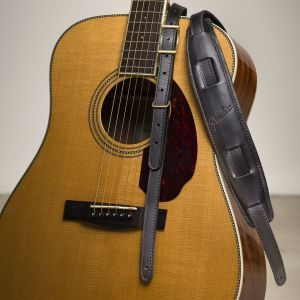 Fender Mustang Saddle Strap Black