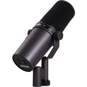 Microfon cu fir Shure SM 7 B